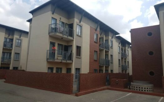 A Well maintained complex in Randburg Ferndale area